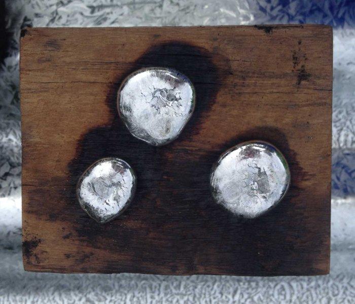 zinc on wood
