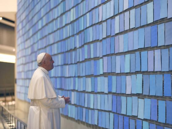 pope-francis-views-%22trying-to-remember-the-color-of-the-sky-on-that-september-morning