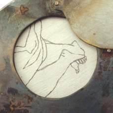steel-locket-detail